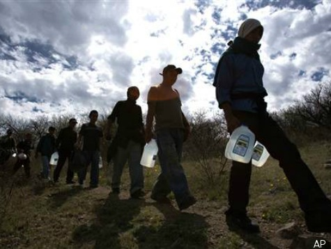 illegal-immigrants-crossing