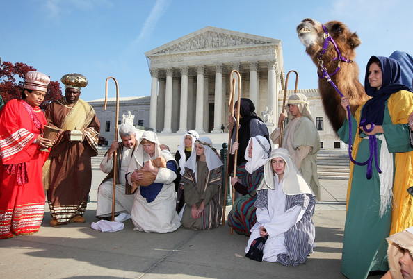Live-Nativity-Scene-at-the-Supreme-Court