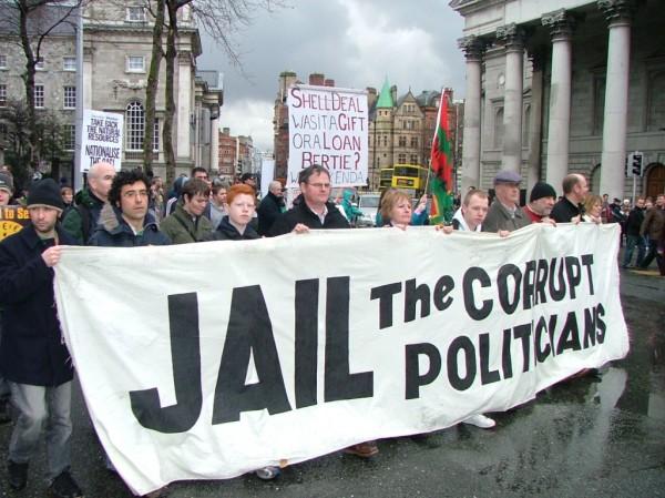 Corruption-jail-the-politicians