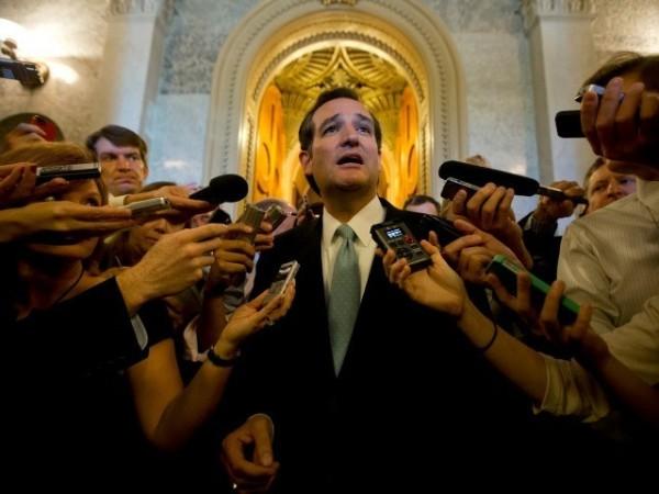 Ted-Cruz-reporters