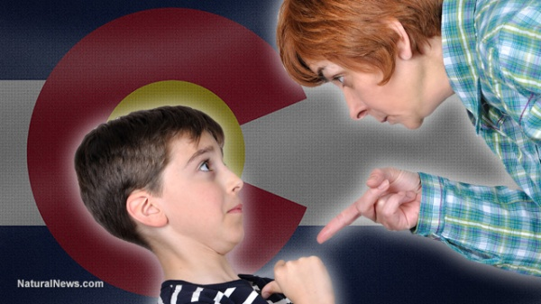 Colorado-Child-Adult-Pointing