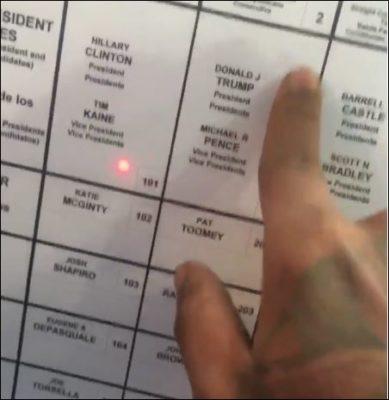 pennsylvania-voter-trump-clinton